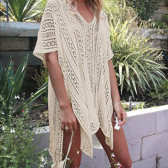 Other - Cute & flowy swimsuit cover up